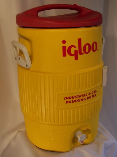 15 Gallon Cooler : Drink coolers